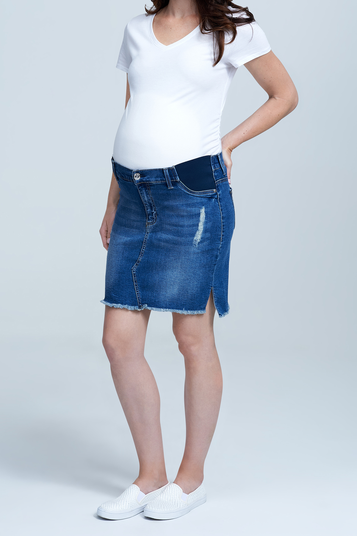 Seven7 Jeans Side Panel Frayed Hem Denim Maternity Skirt <p>Offering the perfect balance of style and comfort for mamas-to-be, this distressed denim skirt features elasticized waist paneling that supports and expands with your growing figure throughout pregnancy.</p>