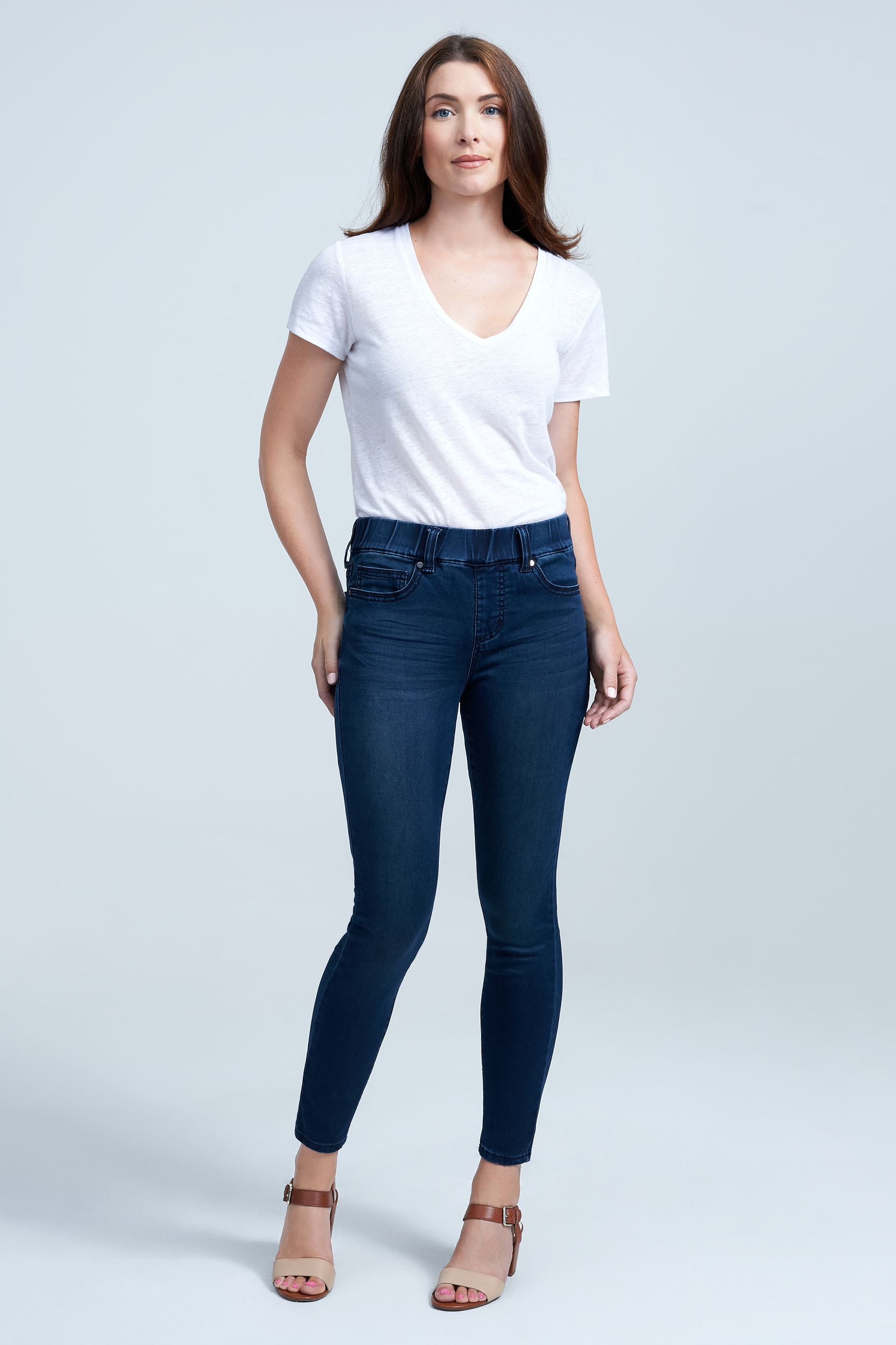 Seven7 Jeans Skin Fit Tummyless Pull On Jean <p>A cinched elastic waistband and stretch-blend denim make it a breeze to slip into this skinny pull-on jean. Tonal details keep the look simple and chic.</p>
